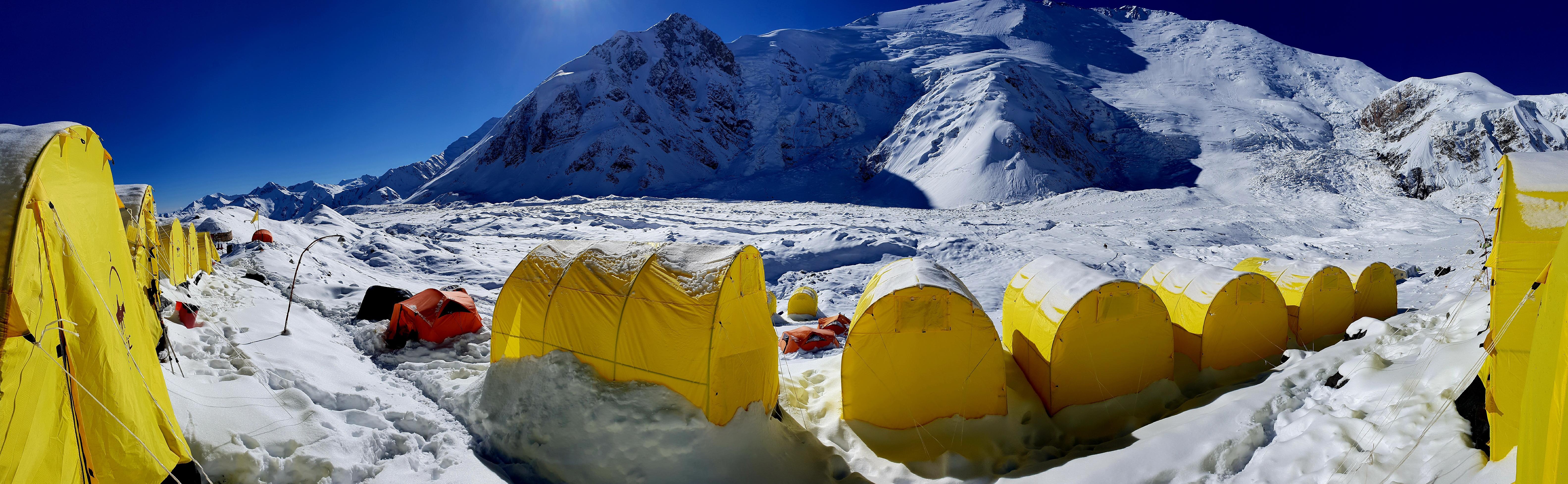 Peak Lenin - camp 1 (Kyrgyzstan)