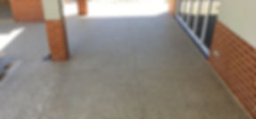 Exposed-concrete-alfresco-3.jpg