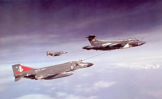Blackburn Buccaneer Refueling Phantom FG.1