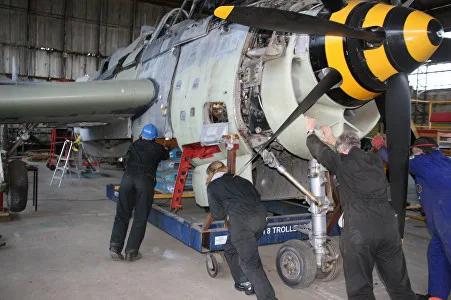 Fairey-Gannet-Hangar-05-Essar.webp