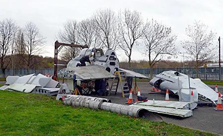 Fairey-Gannet-Hangar-01-David-Jackson.we