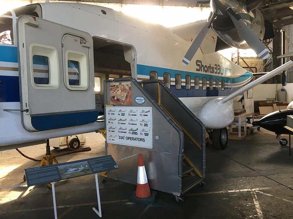 Shorts-SD330-Hangar-Steps-IMG_2988-MJC.w