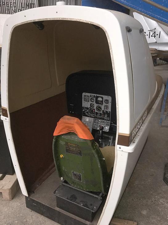 Gazelle-Helicopter-Simulator-Hangar-IMG_