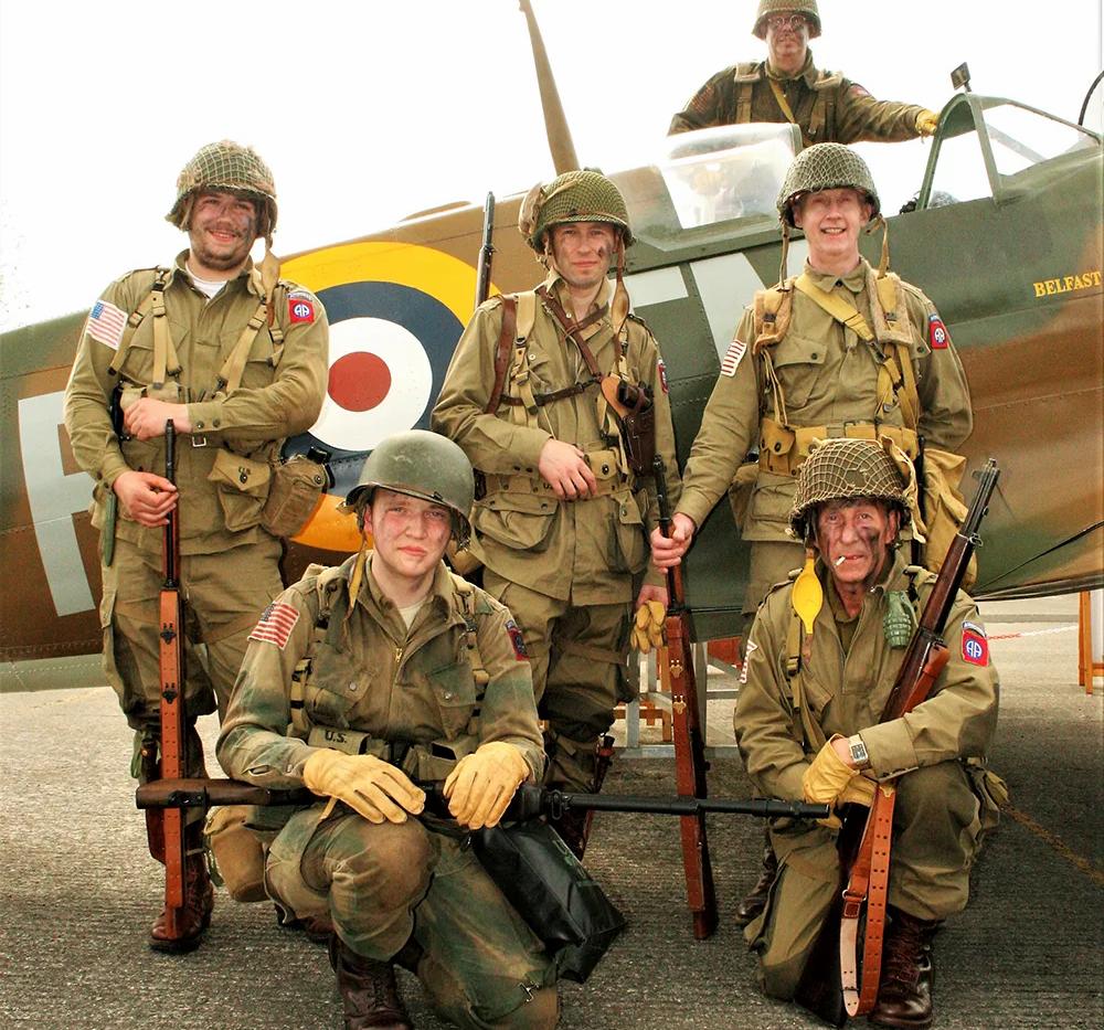 "GI re-enactors beside the UAS ""Down"" Spitfire"
