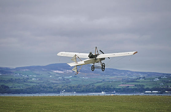 """Ferguson Flyer 1911 Replica, taking off during filming of the BBC documentary series """"The Great Flying Challenge"""""""