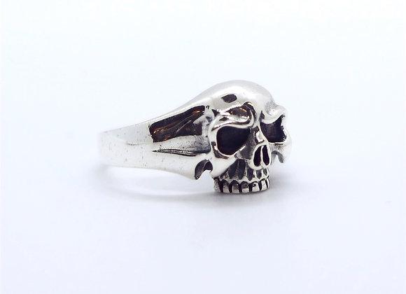 Medium Skull Ring