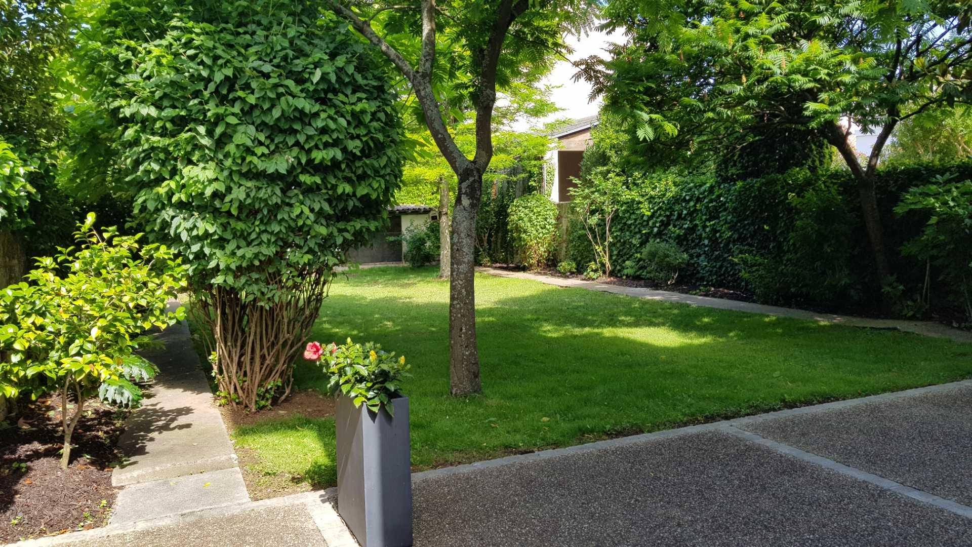 rochelle location vacances jardin