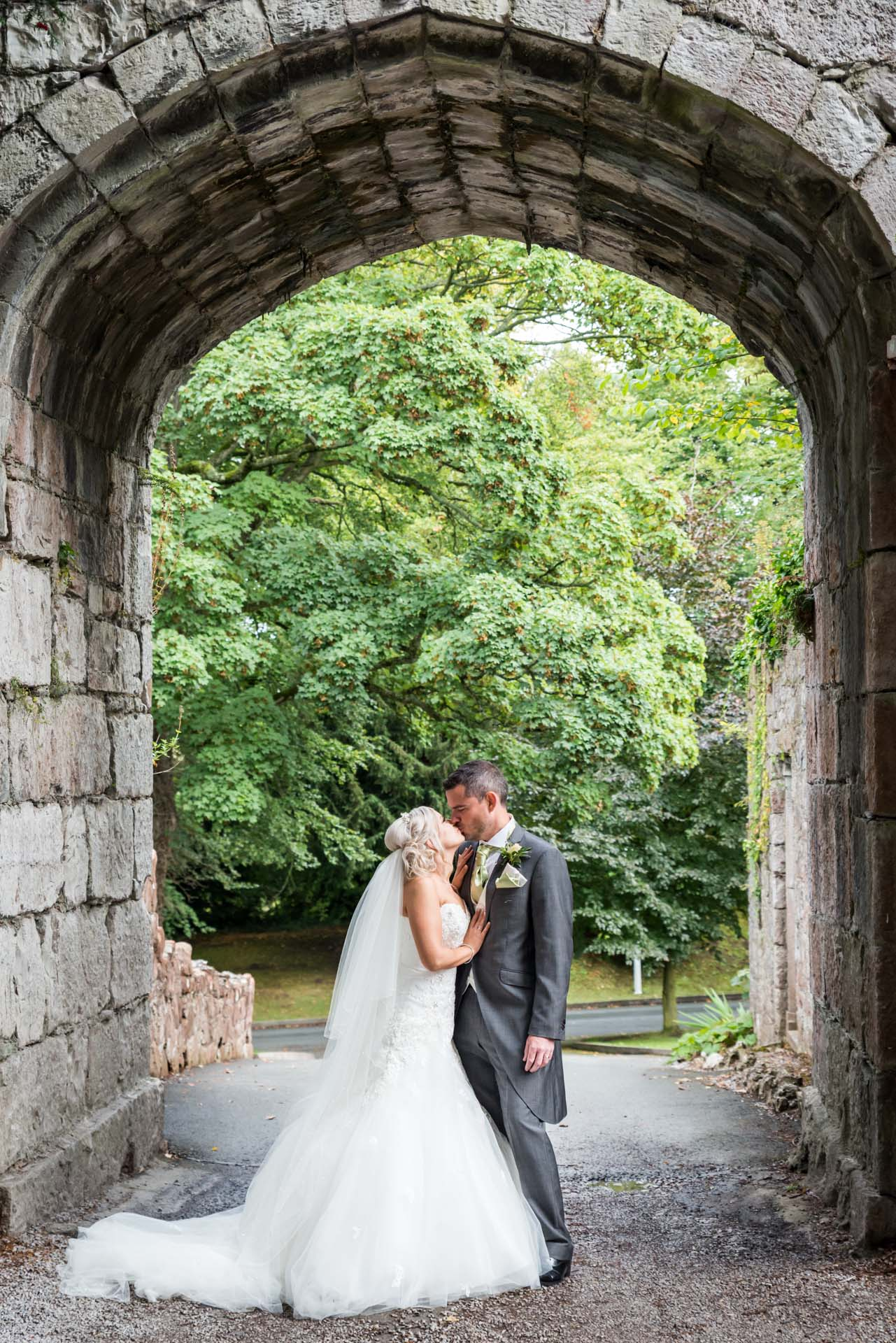 Ruthin Castle Wedding Photography