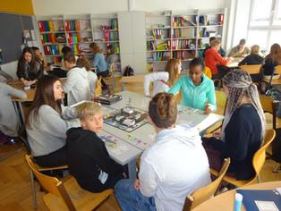 Wirtschaftskompetenz und fächerübergreifendes Lernen an der NMS Ried 1