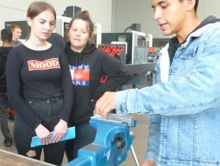 iSchool zu Gast bei der Fill Maschinenbau GmbH