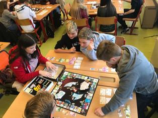 Wirtschaft/Spiel und Spaß mit den Bezirkssiegern von 2016!