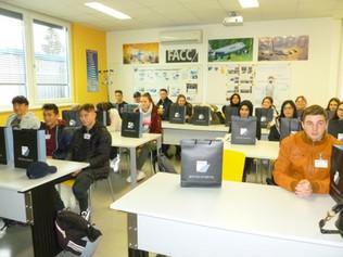 iSchool zu neuen Höhenflügen: Besuch bei FACC