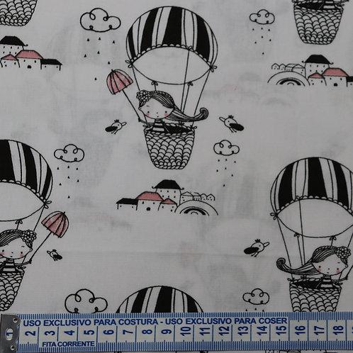 Tricoline Menina no Balão 0,50 x 1,40m