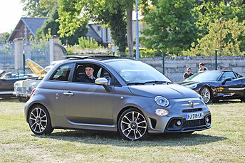 Photo Fiat 500 Abarth covering gris rallye auto gourmand 2020 azimutrip