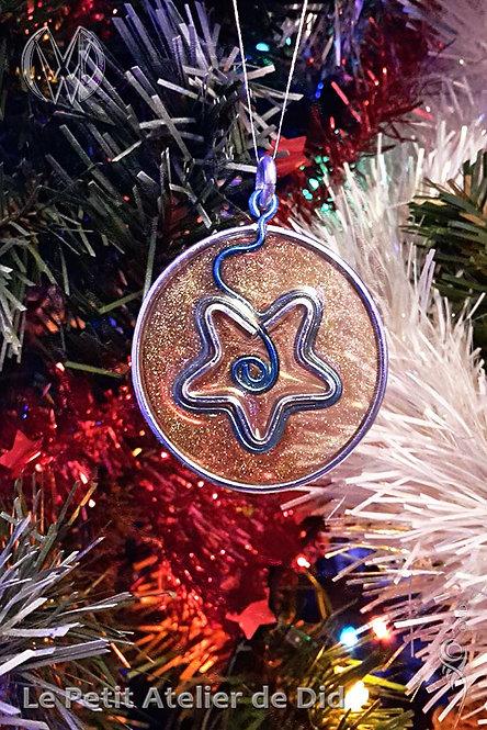 Décoration festive « Étoile scintillante » 3.0 (Vue de face, sur sapin de Noël)