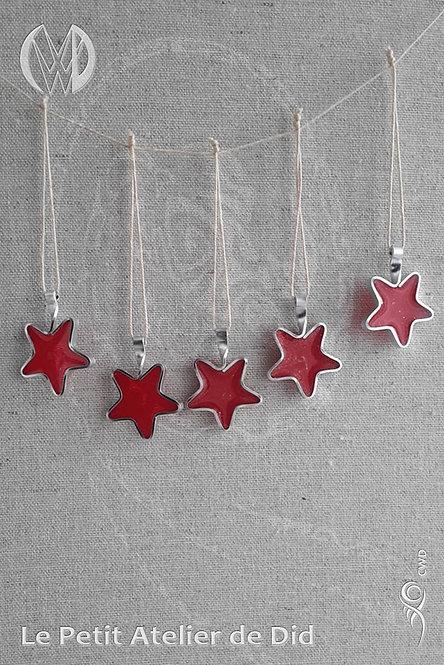 Ensemble de décorations de Noël « Étoile scintillante » Rouge #1 (Vue de face, suspendues)