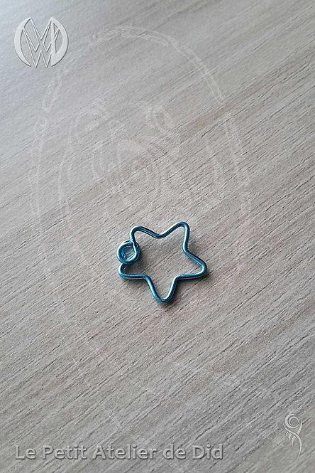 Pendentif « Petite étoile jolie » Bleu Turquoise