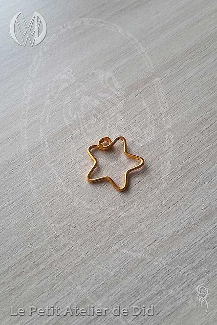 Pendentif « Petite étoile jolie » Doré Or
