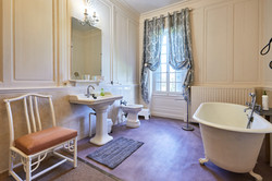Comtesse Bathroom