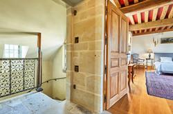 Sieur suite entrance