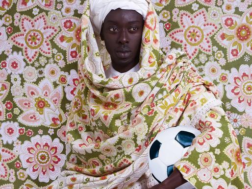 Omar Victor Diop revitalise la photo d'Art en Afrique!