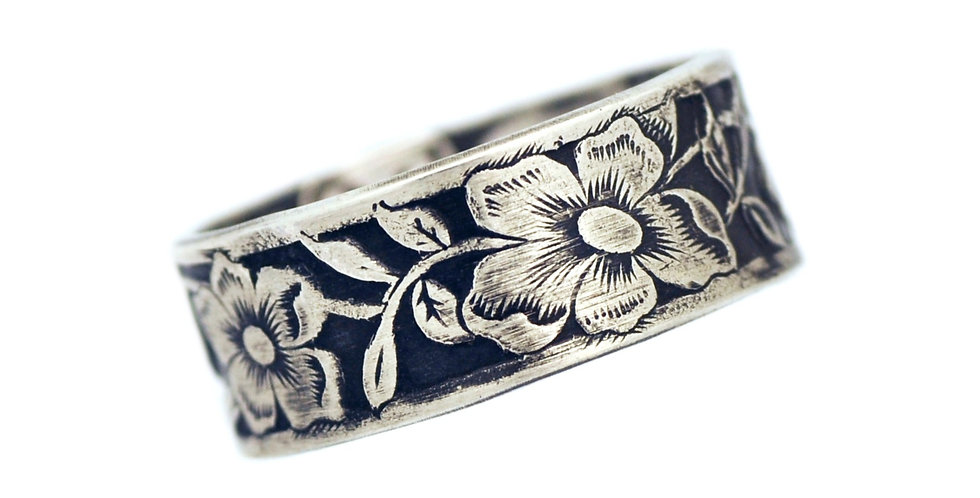 Antiqued Floral Ring