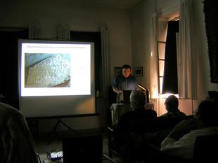 Jeruzsálem, előadás az Albright Intézetben, előttem ül Émile Puech