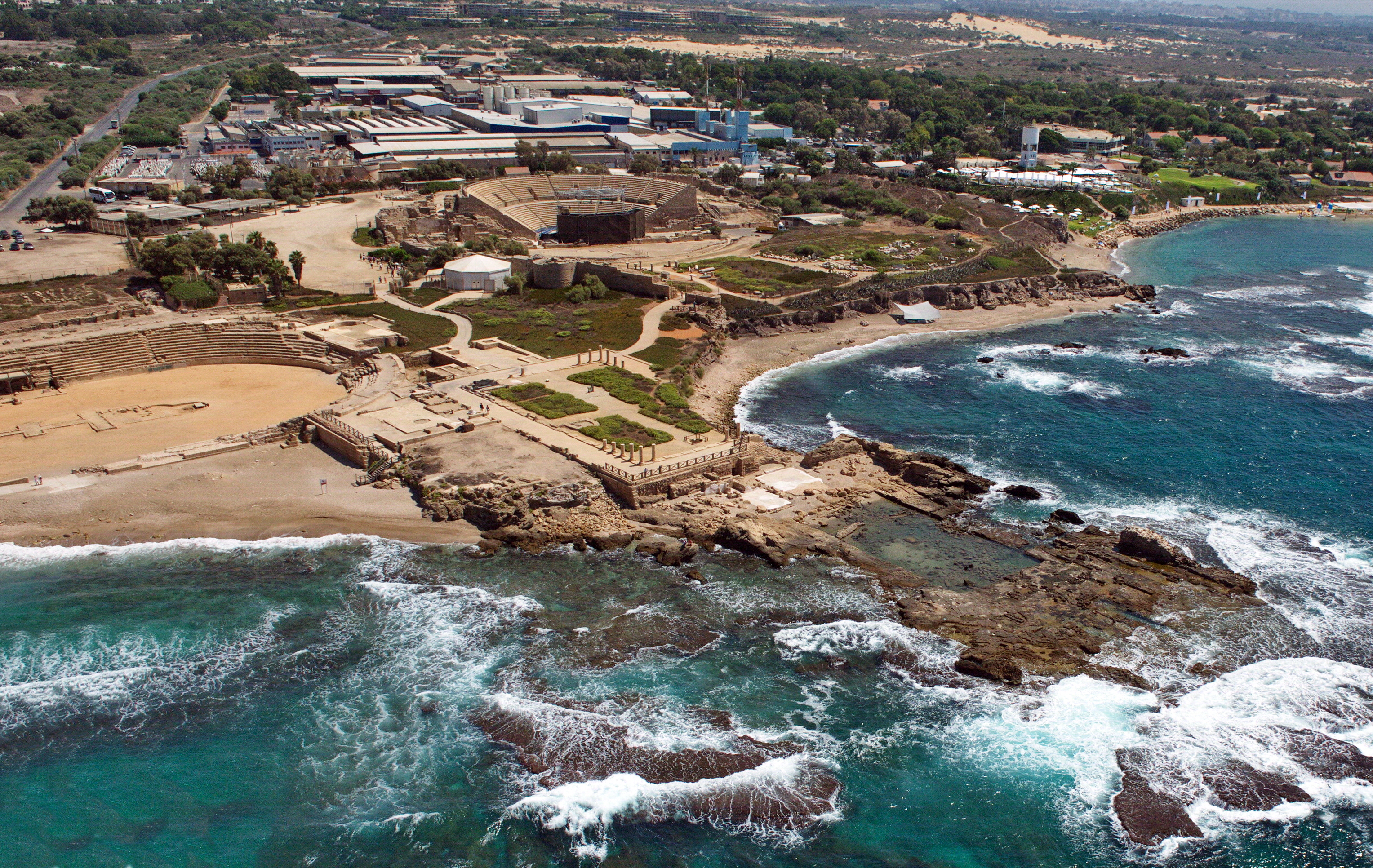 Herod_Caesarea_palace