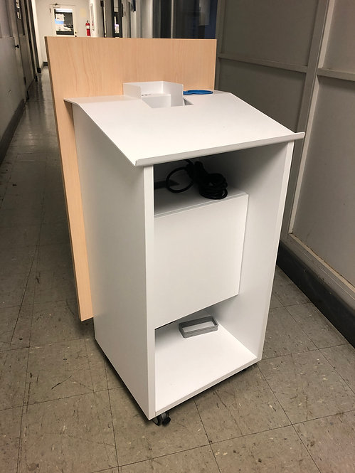 Thesis Mobile Lectern by Teknion