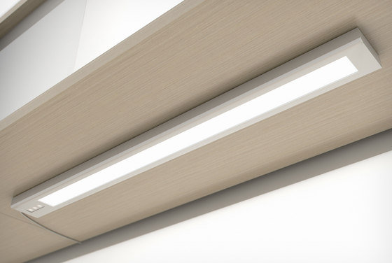 Tangent Undercabinet Light by Teknion