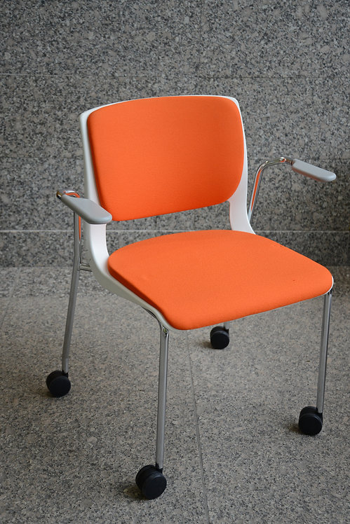 Variable Chair with Casters by Teknion