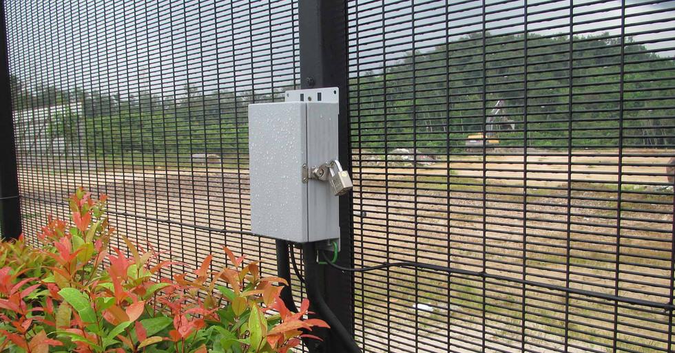 Flexzone on welded mesh