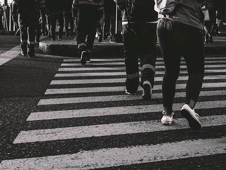 Cada paso que damos es una huella que q