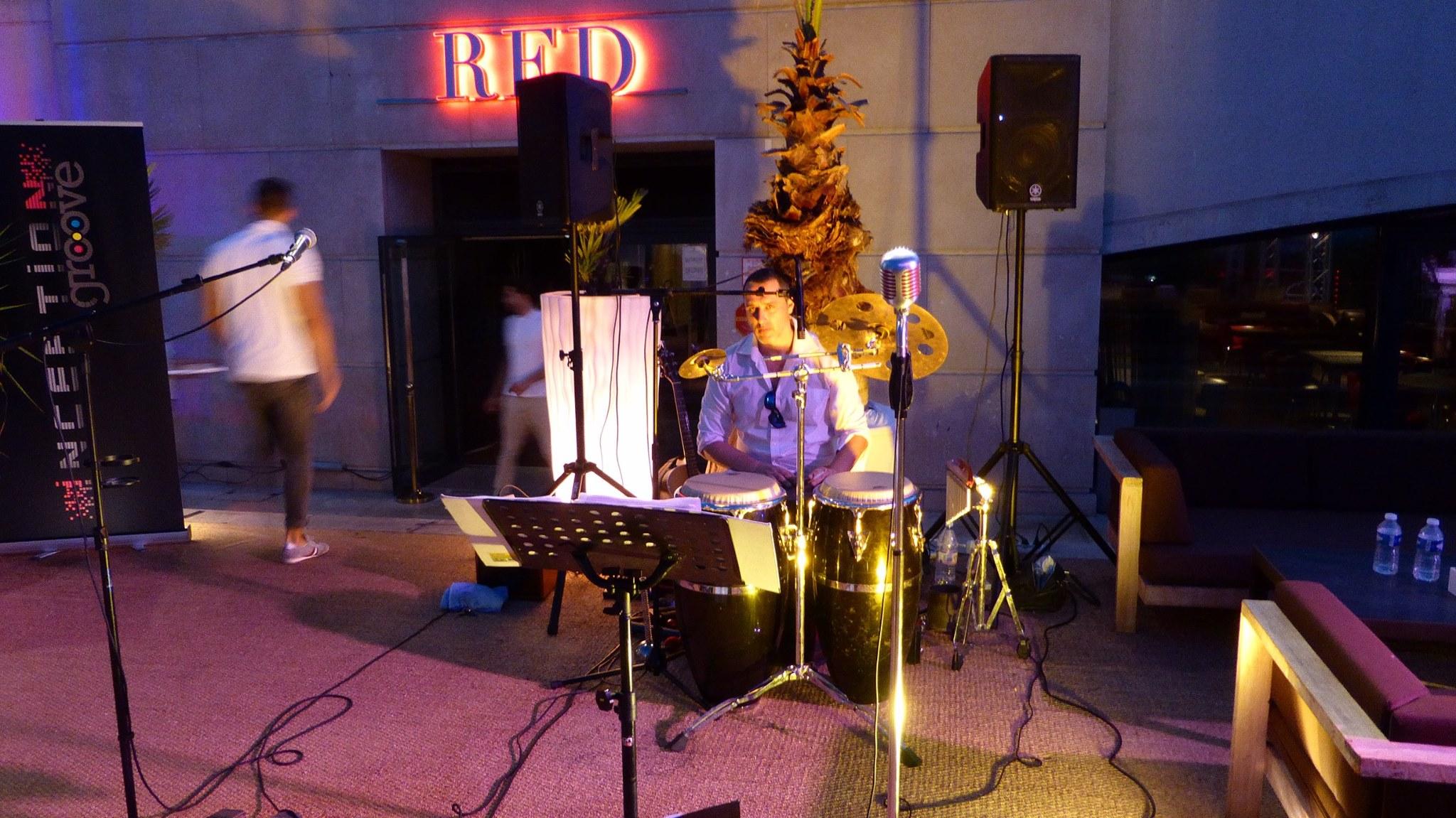 Lionel-percussions acoustic live