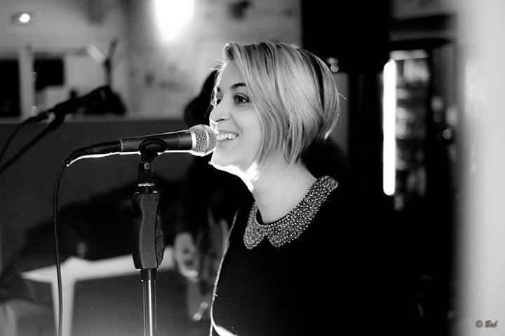 Laura IG Singer