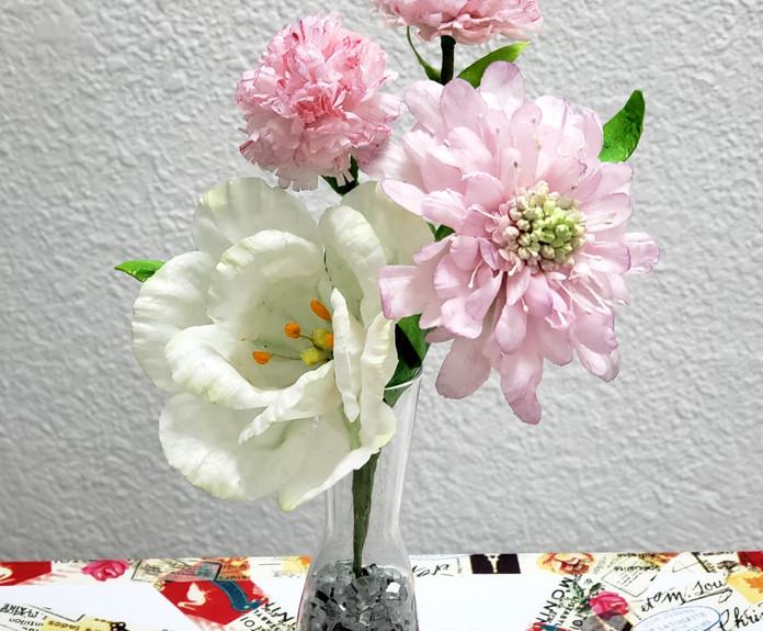 洋桔梗 藍盆花 康乃馨 - 威化紙花班