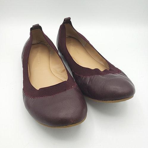 Banana Republic Burgundy Leather Flats - size 7.5