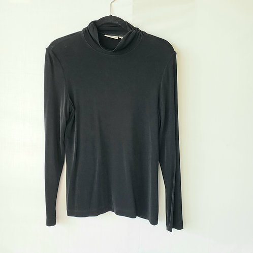 Chico's Travelers Black Turtleneck - size 1