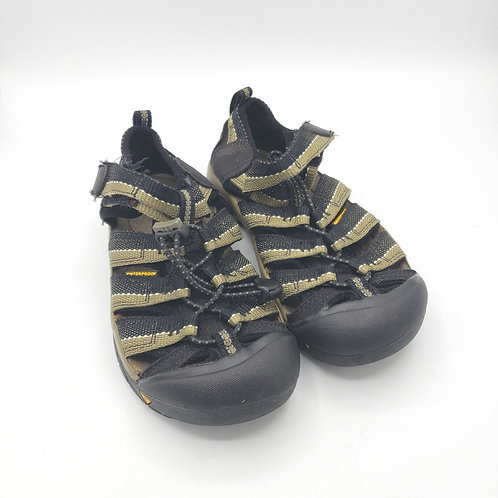 Kids Keen Shoes Size 1