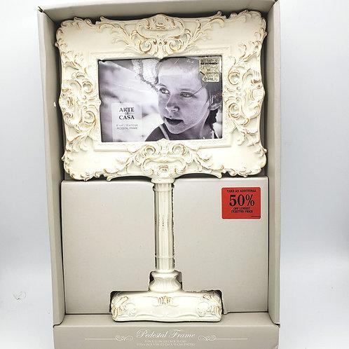 """Arte De Casa Pedestal Frame 6""""x4"""" Photo Approx. 12""""Tall"""