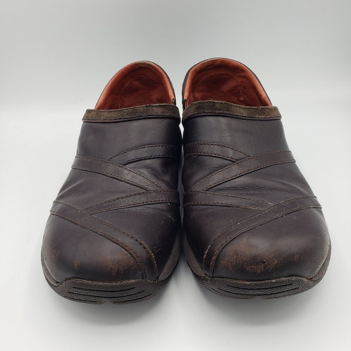 Merrell Brown Leather Slip on Shoes - size 8.5