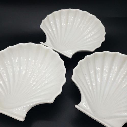 """Vintage Japan 7"""" Ceramic Dishes Microwave and Ovensafe Set of 3"""