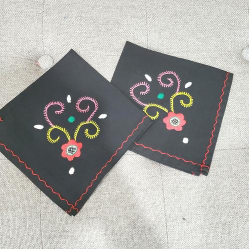 Vintage Embroidered Cloth Napkins Set of 2