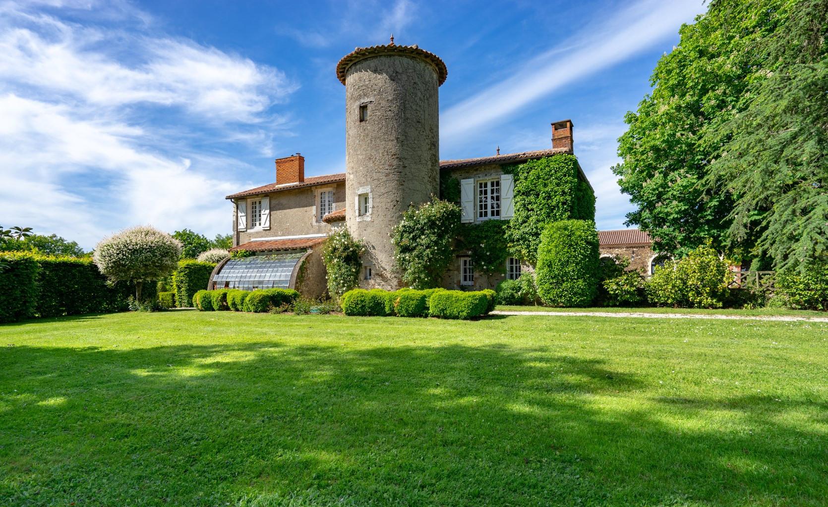 Domaine mariage en Loire Atlantique.jpg