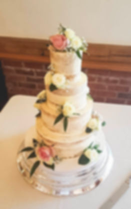 Sandhole Oak Barn, wedding cake
