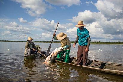 Pescadores-se-mobilizam-em-Brasilia-contra-o-fim-do-seguro-defeso.jpg
