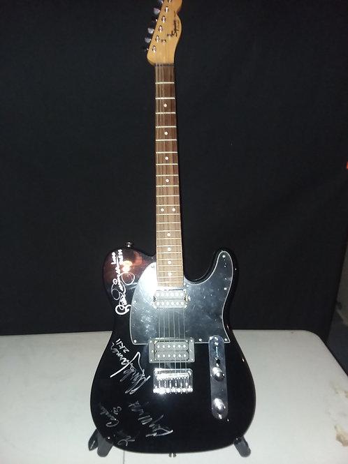 Rick Derringer Mark Farner Gary Wright Felix Cavaliere Autographed Guitar