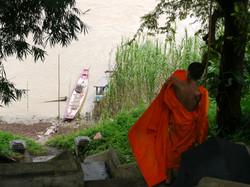 moine au laos