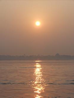 sunrise on the Gange-