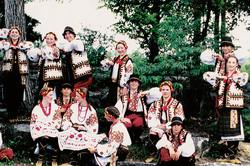 Former Fialka dancers